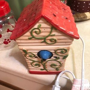 Other - Scentsy Warmer Bird house
